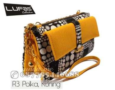 dompet lufas R3 polka kuning 1